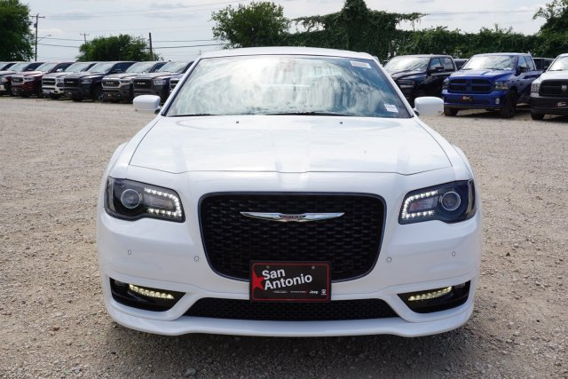 New 2019 CHRYSLER 300 S